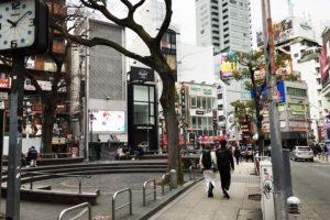 大阪・アメリカ村の三角公園へ行ってきた! 心斎橋駅からのアクセスは?