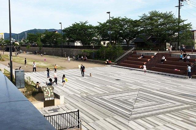 草津川跡地公園「であいひろば」へ行ってきた! | ウェルの雑記ブログ